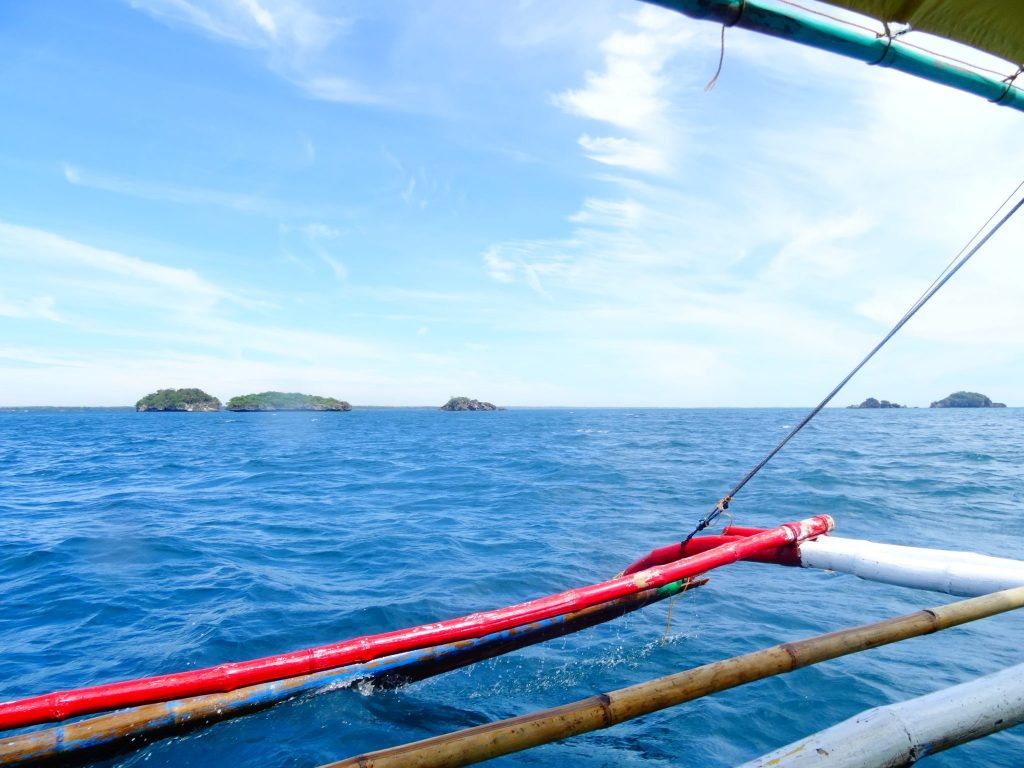 Off to the Hundred Islands