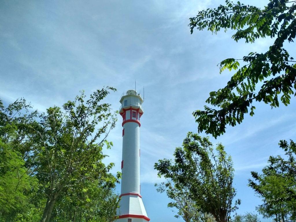 bolinao lighthouse
