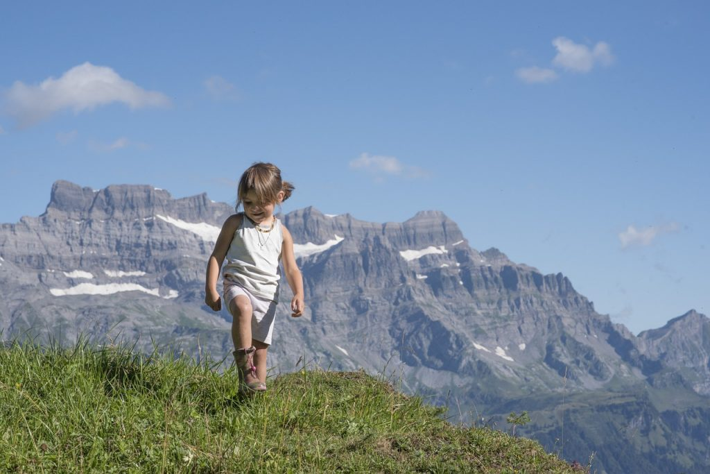 hiking with a toddler