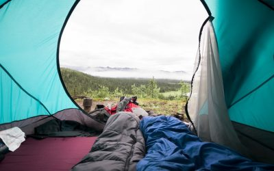 10 Best Budget Sleeping Bags & Quilts of 2021 (Under $200)