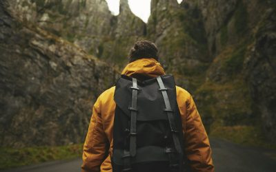 Gifts For Backpackers: 30 Brilliant Ideas for 2021
