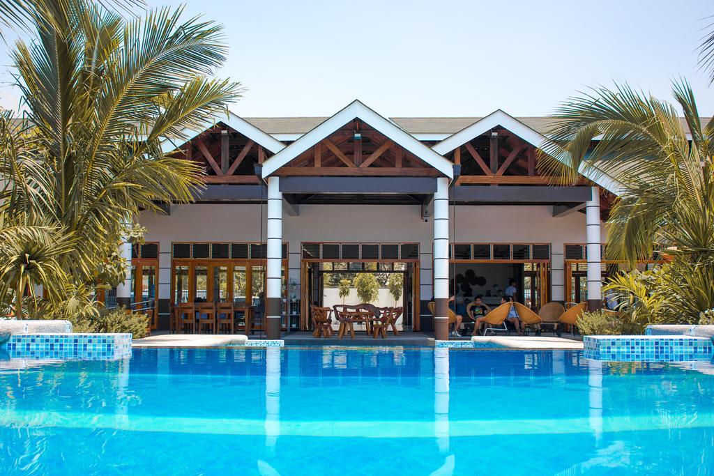 Marand Resort & Spa