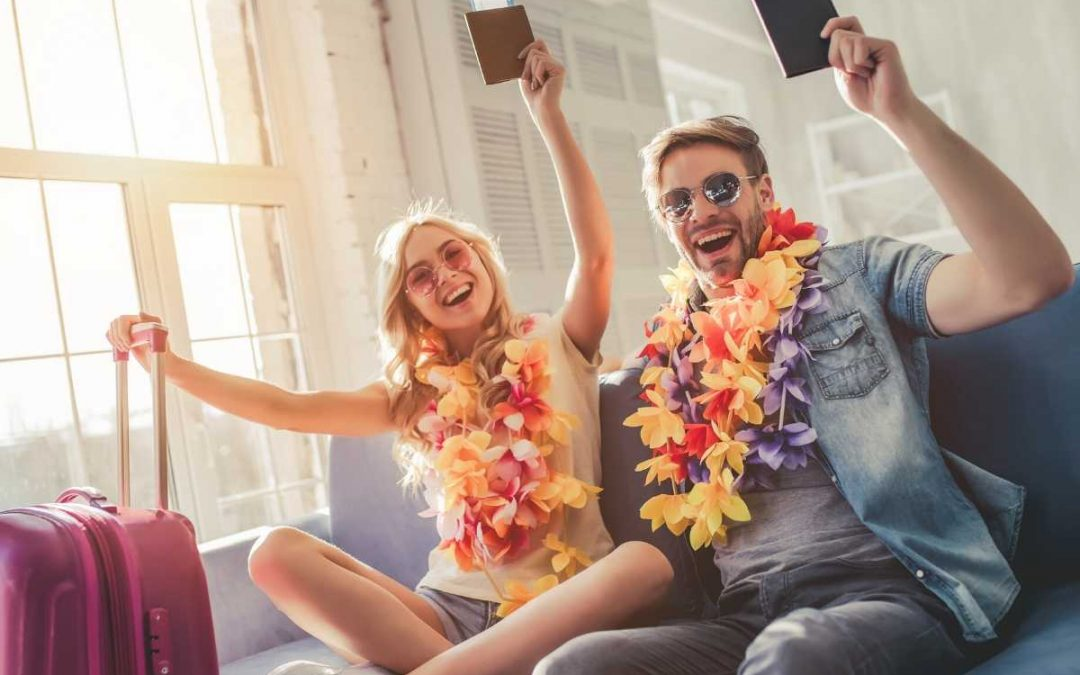 5 Unique Travel Souvenirs For Couples