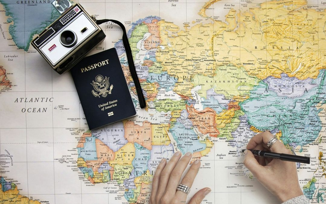 6 Handy Tips for Traveling Abroad for the First Time