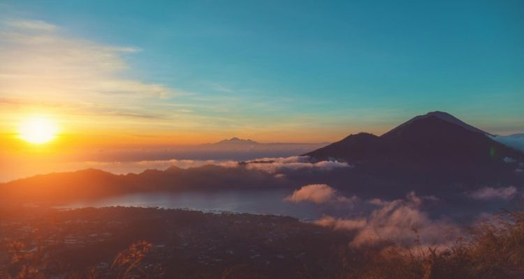 Mount Batur, Bali: The Ultimate 2021 Trekking Guide