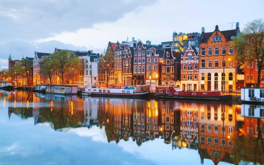 13 Best Things To Do In Amsterdam That You Can't Miss