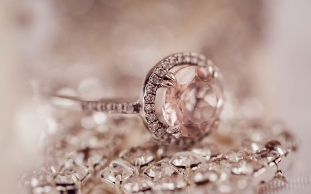 5 Tips for Hiring a Professional Jewelry Photographer