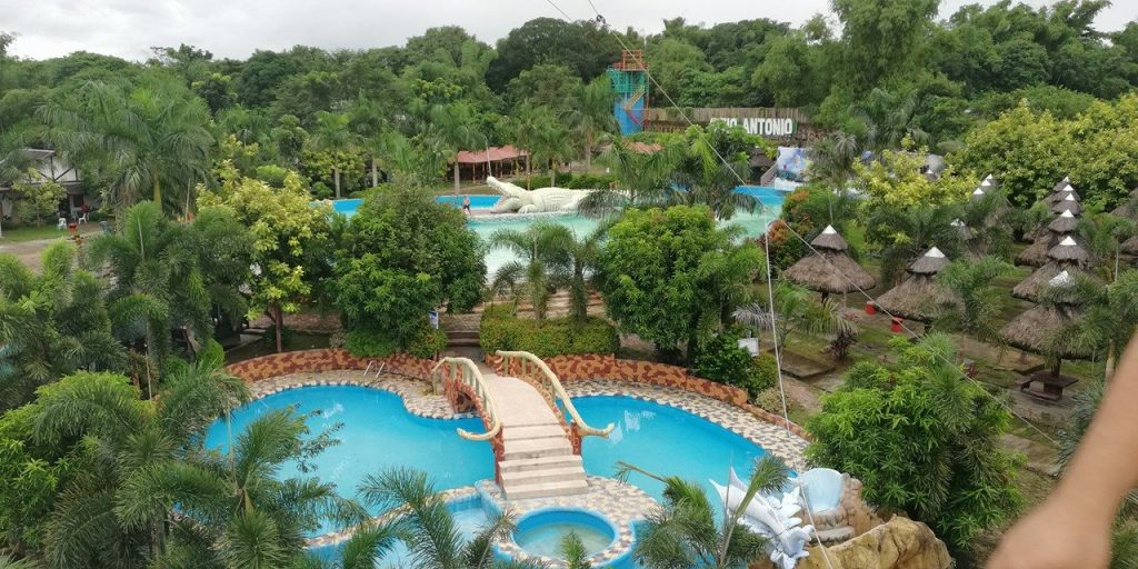 Sitio Antonio Wave Pool Resort